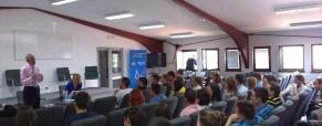 Američki ambasador u Srbiji otvorio seminar za hrvatske i srpske studente o modernom liderstvu